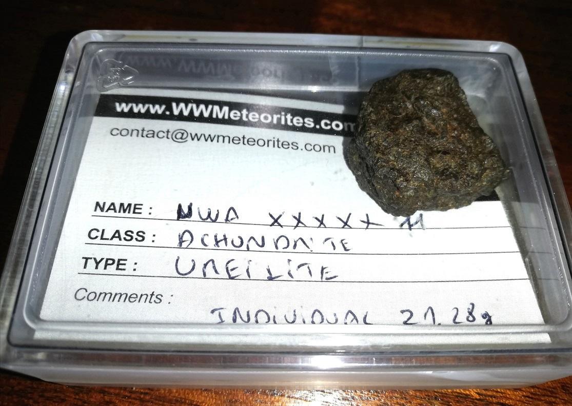 Achondrite ureilite 21 3 grams