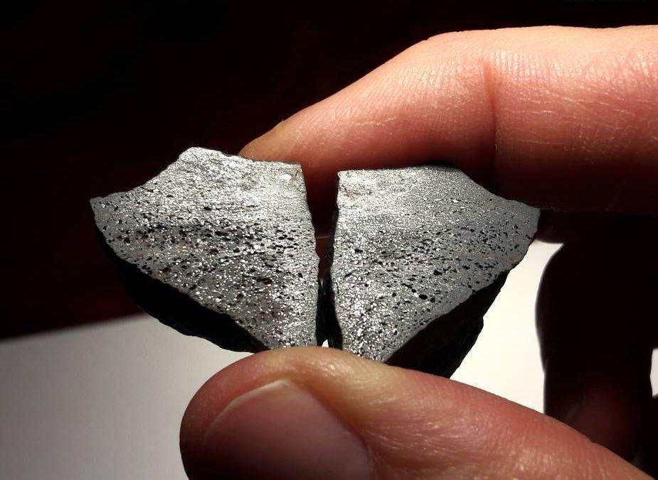 Chondrite chili 32 2g impact melt