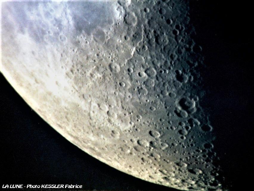 La lune a 1