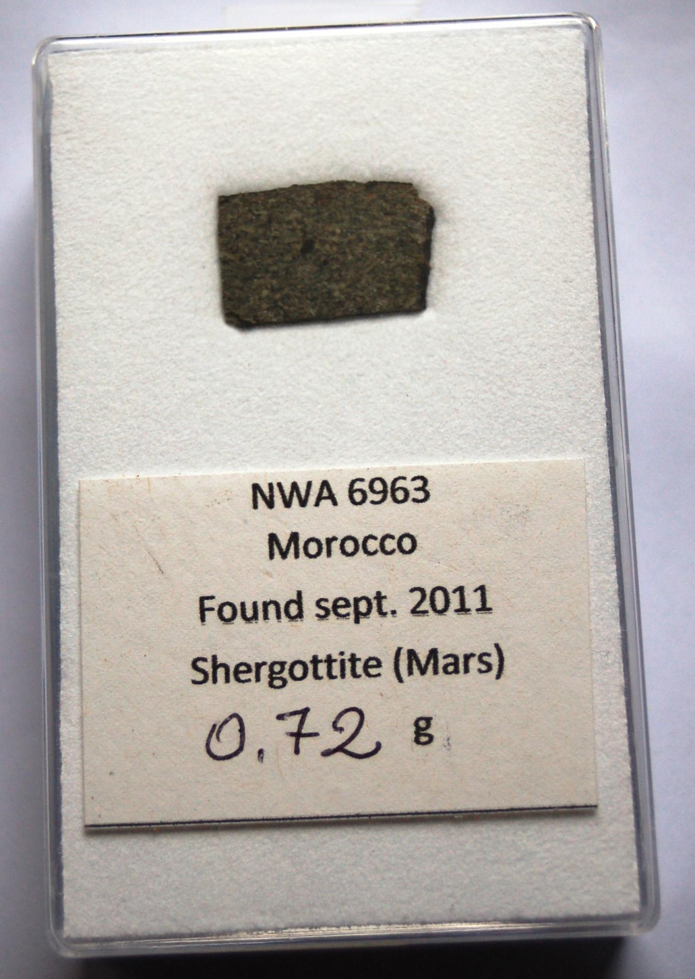 Nwa6963