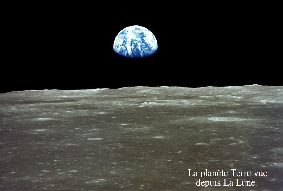 Planete terre depuis la lune