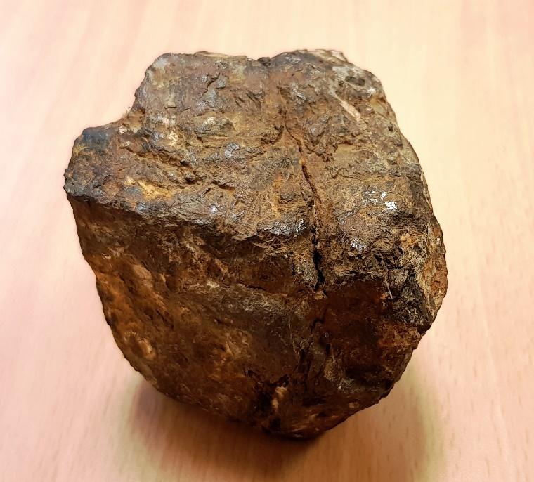 Saint aubin meteorite 1366 grammes
